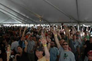 wdf_du_09_crowd